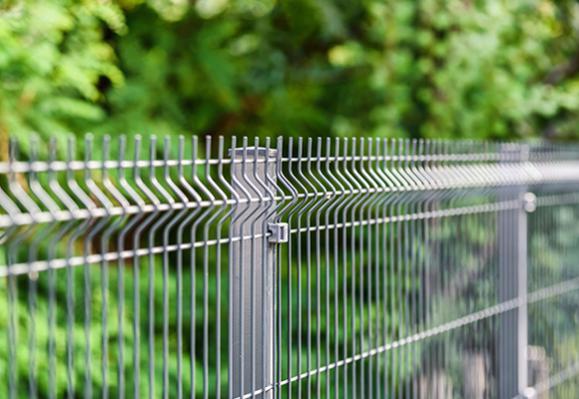 pose clôture jardin